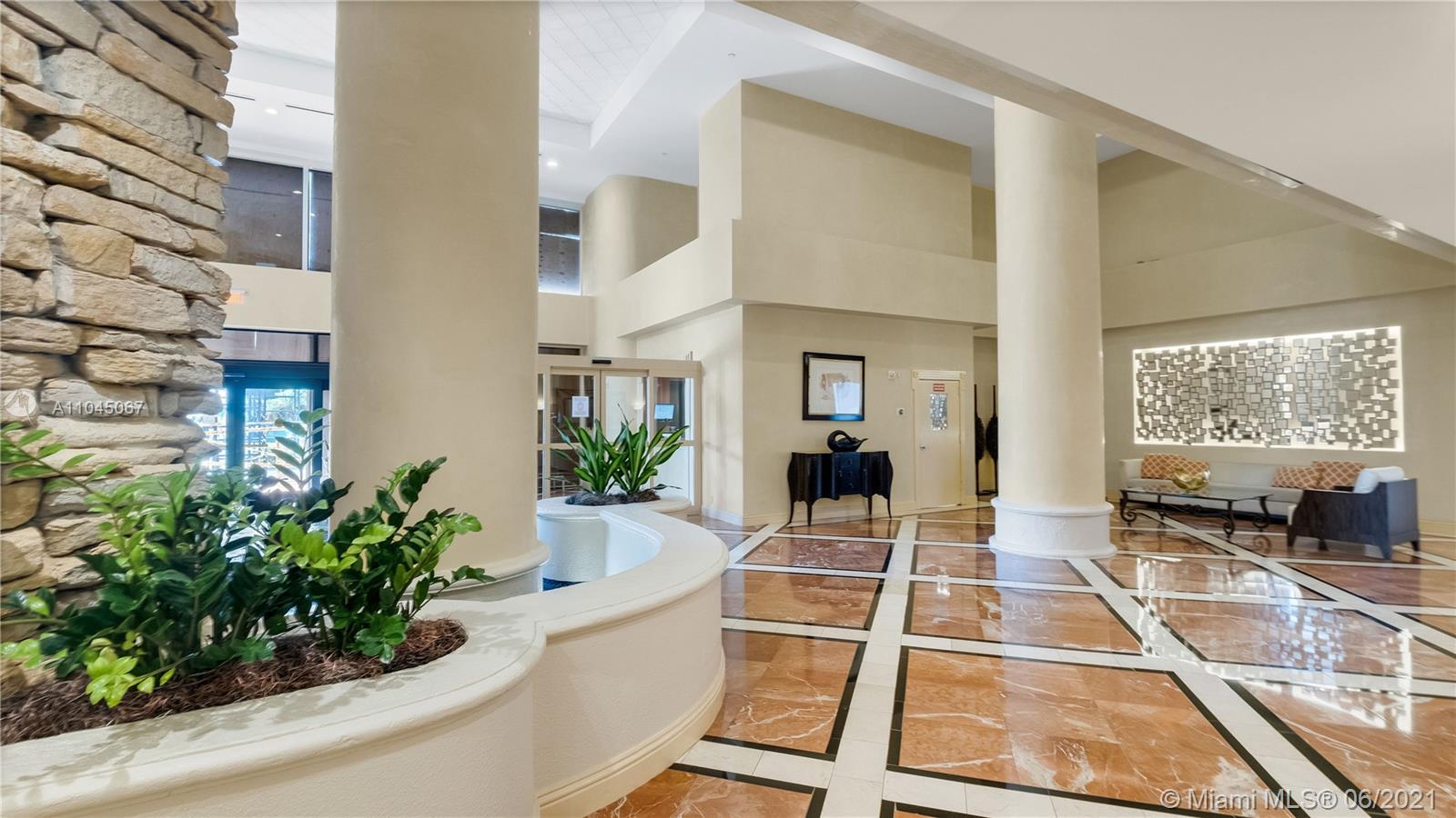 Photo of 20281 Country Club Dr #314, Aventura, Florida, 33180 - Entry to condominium