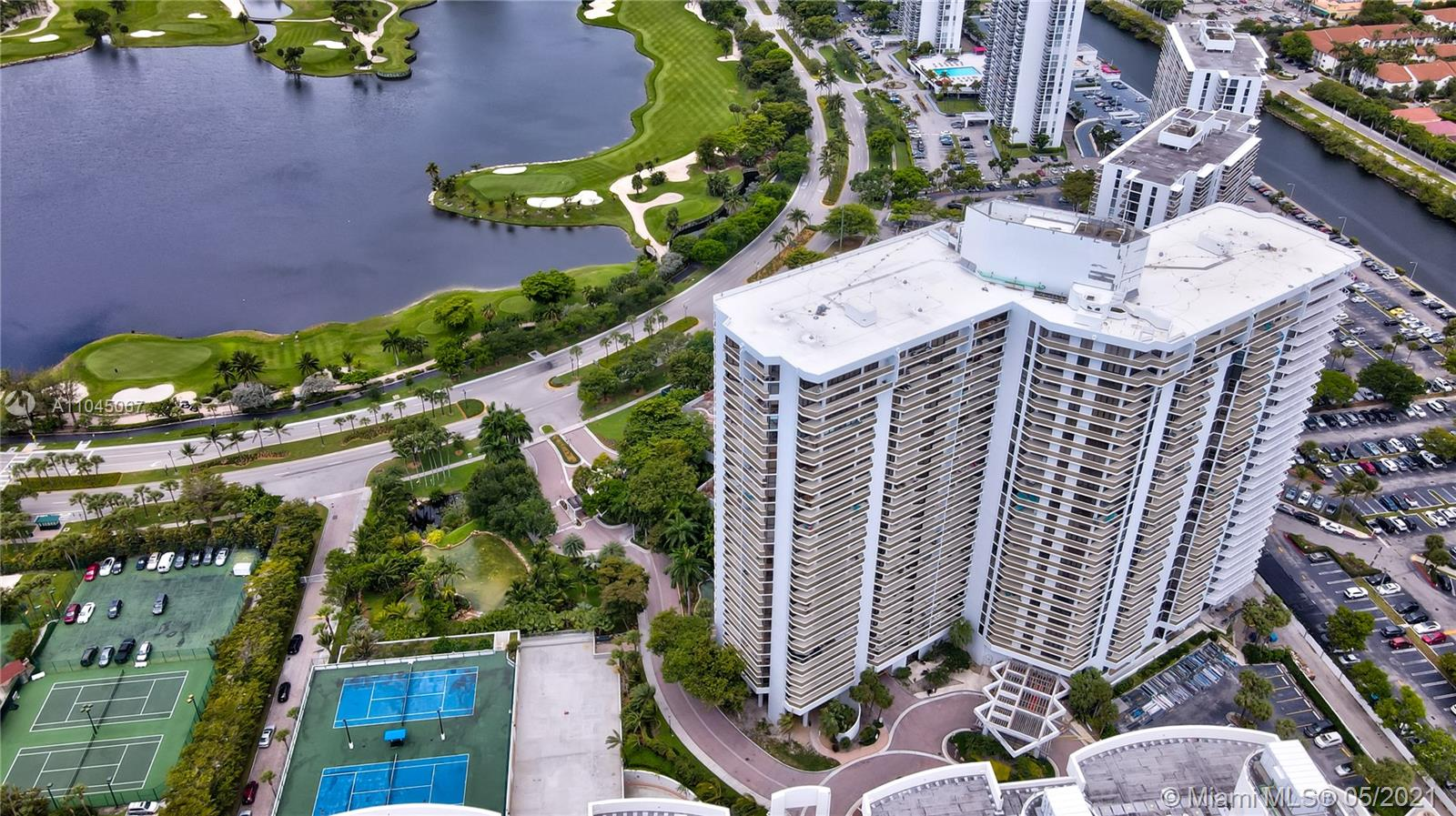 Photo of 20281 Country Club Dr #314, Aventura, Florida, 33180 - Hamptons West Condominium - Hamptons South Condominium