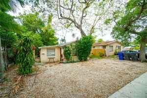 320 000$ - Broward County,Hollywood; 2130 sq. ft.