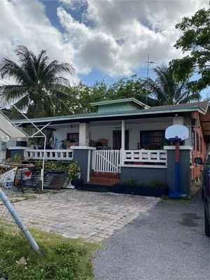 525 000$ - Miami-Dade County,Miami; 2370 sq. ft.