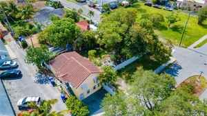 449 000$ - Broward County,Hollywood; 1291 sq. ft.