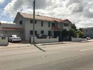 750 000$ - Miami-Dade County,Miami; 3633 sq. ft.