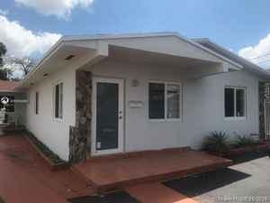 620 000$ - Miami-Dade County,Miami; 2748 sq. ft.