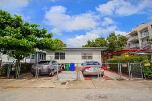 499 999$ - Miami-Dade County,Miami; 2441 sq. ft.