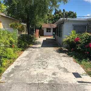 670 000$ - Miami-Dade County,Miami; 2377 sq. ft.