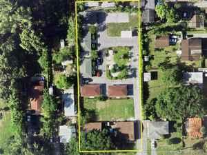 1 895 000$ - Miami-Dade County,El Portal; 43496 sq. ft.