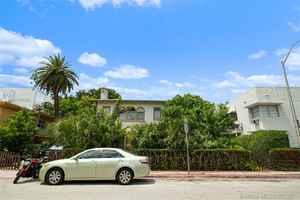 1 590 000$ - Miami-Dade County,Miami Beach; 7500 sq. ft.