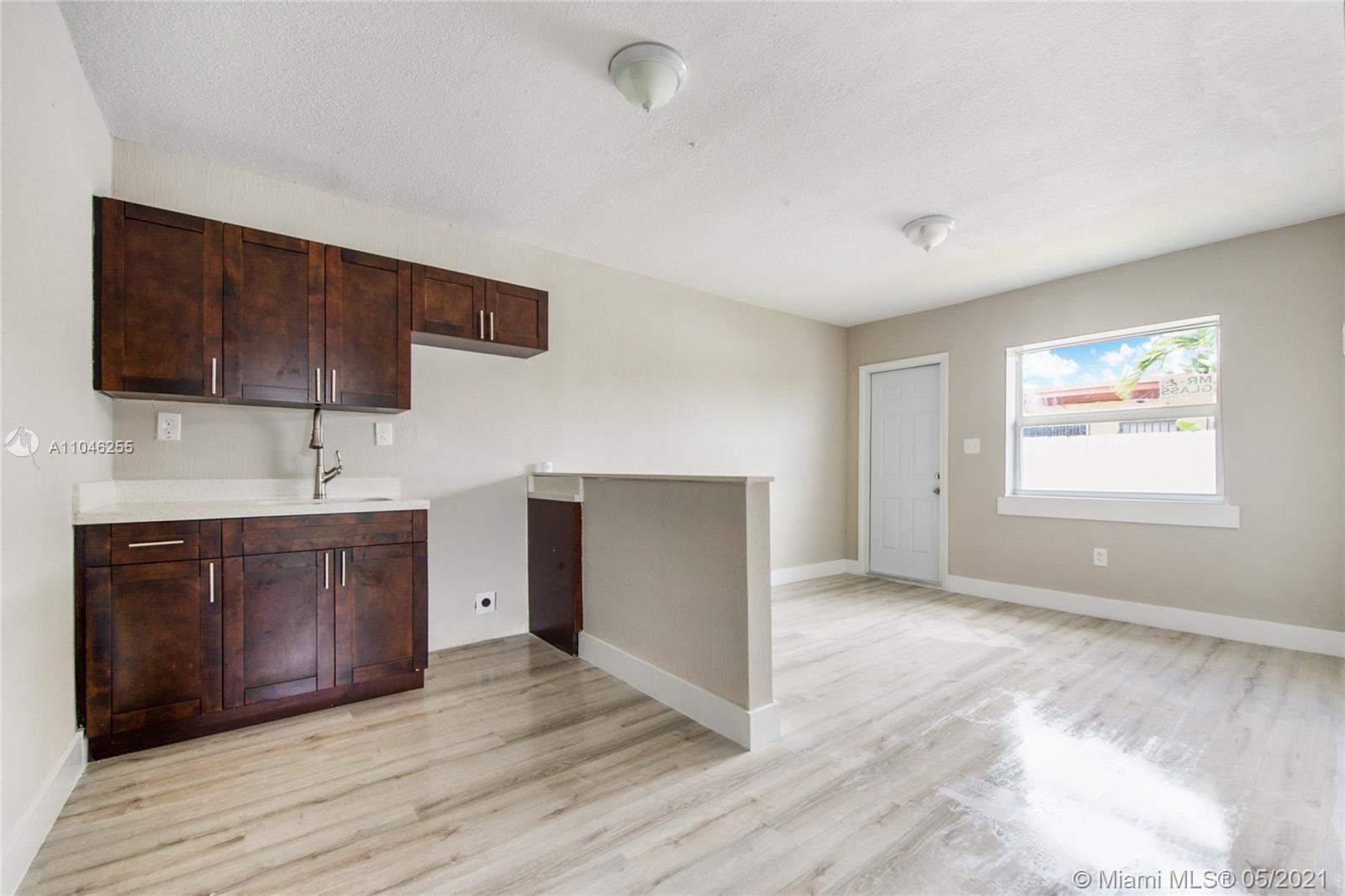 /  2402 sq. ft. $ 2021-05-22 0 Photo
