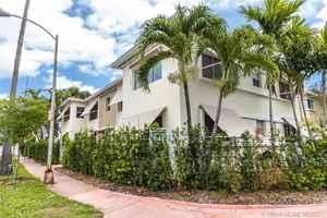 2 100 000$ - Miami-Dade County,Miami Beach; 970 sq. ft.