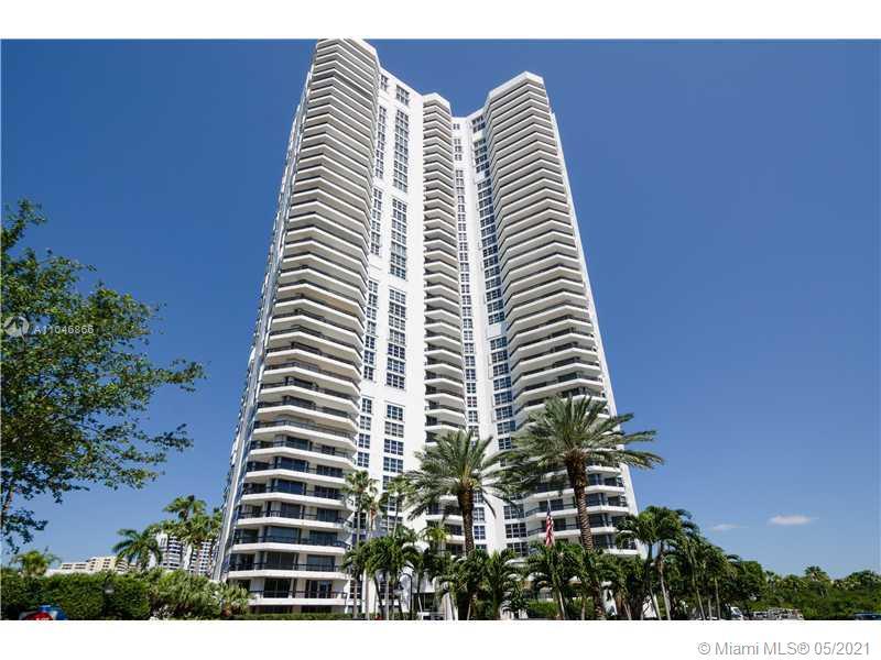 Photo of 3500 MYSTIC POINTE DR #3202, Aventura, Florida, 33180 - Lobby/Reception