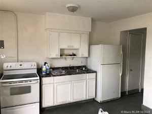 400 000$ - Broward County,Hallandale Beach; 1425 sq. ft.