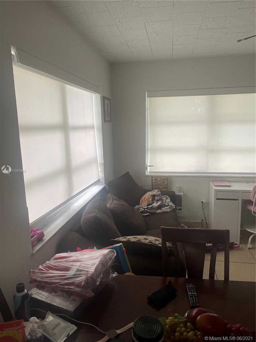 /  2317 sq. ft. $ 2021-05-24 0 Photo