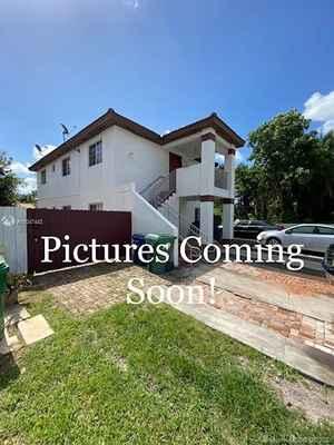 675 000$ - Miami-Dade County,Miami; 2456 sq. ft.