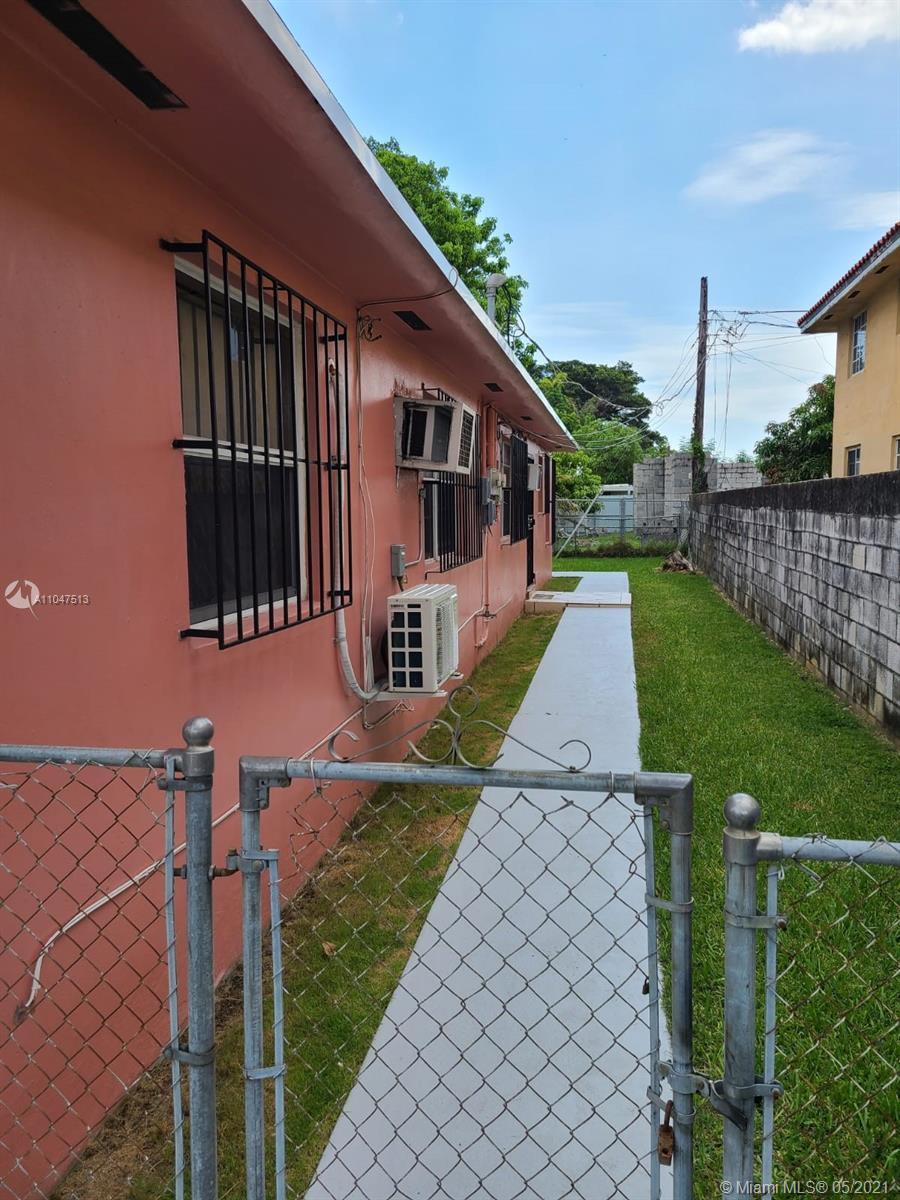 /  1352 sq. ft. $ 2021-05-25 0 Photo