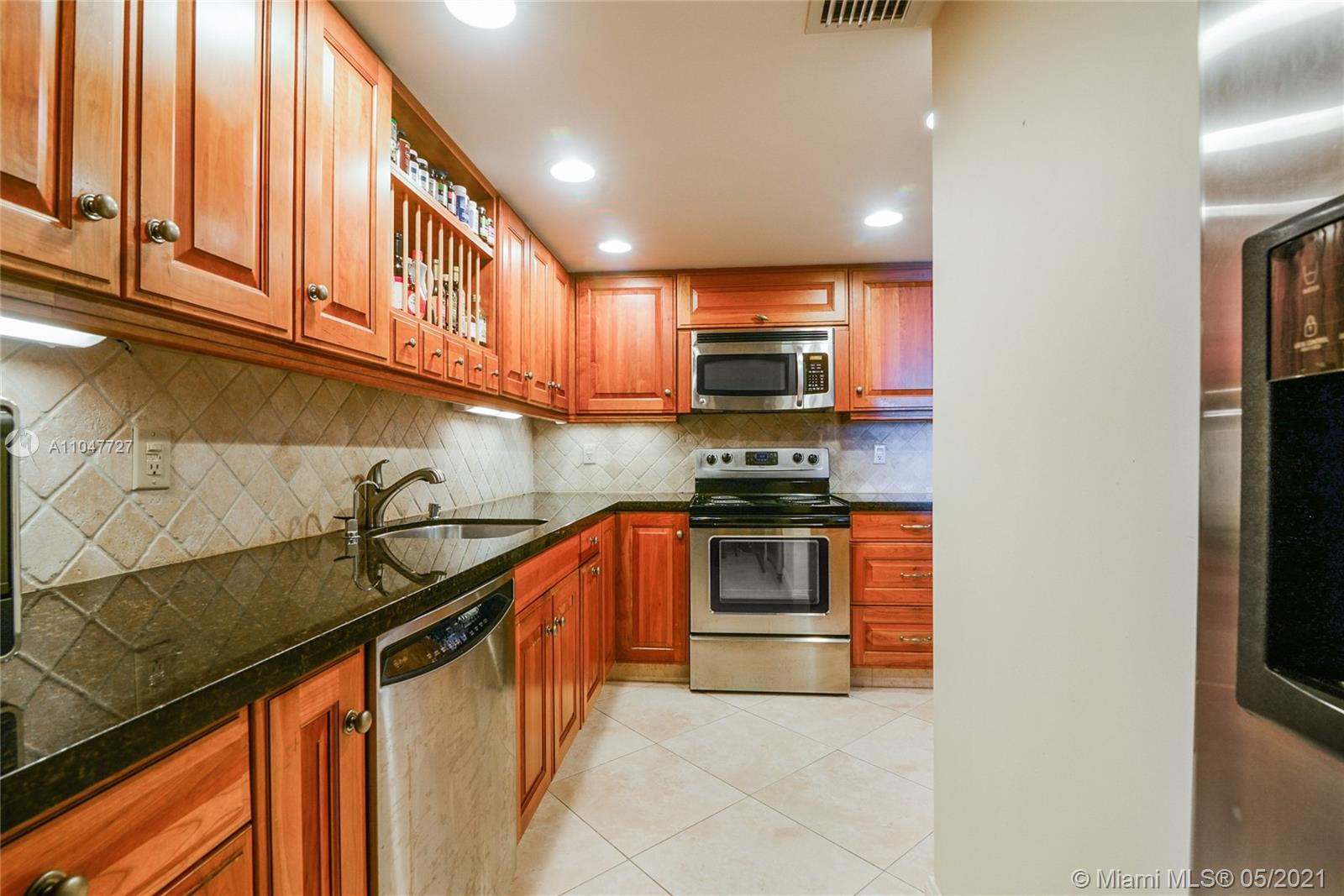 Photo of 9801 Collins Ave #14P, Bal Harbour, Florida, 33154 - Kitchen
