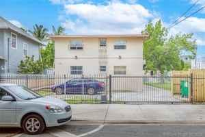 1 295 000$ - Miami-Dade County,Miami; 7500 sq. ft.