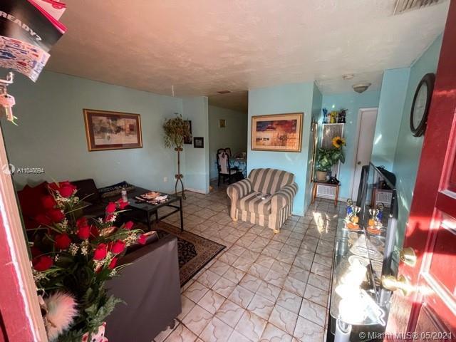/  1450 sq. ft. $ 2021-05-27 0 Photo