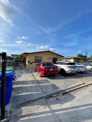 489 000$ - Miami-Dade County,Miami; 1790 sq. ft.