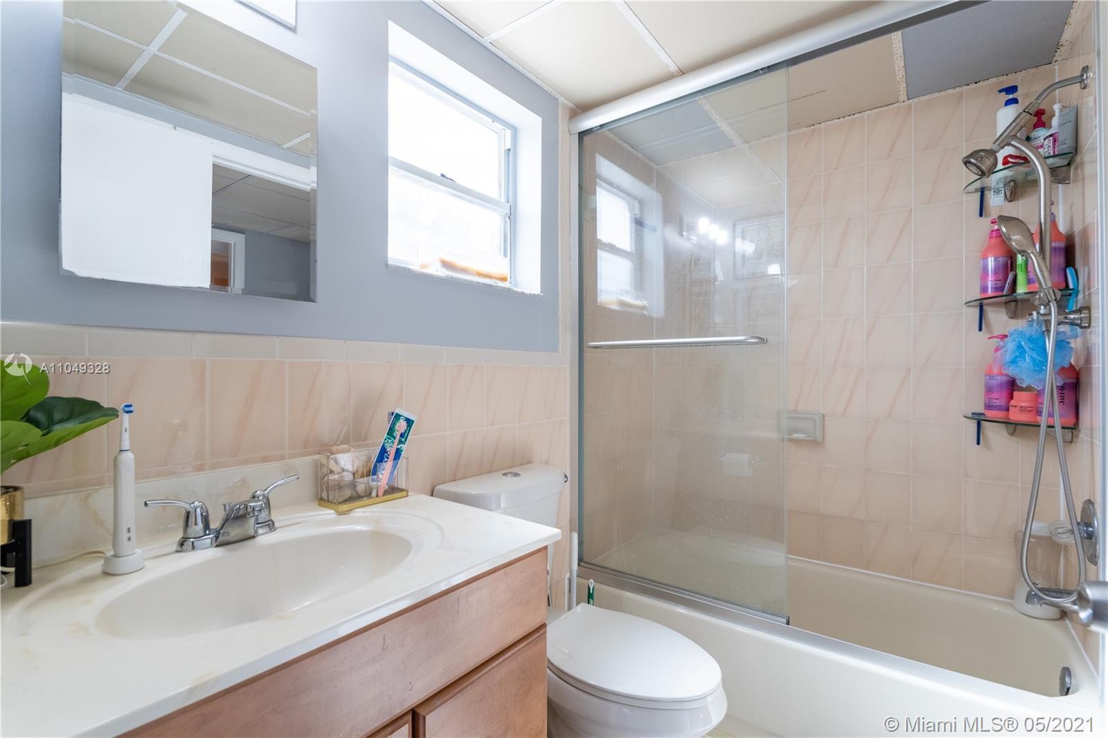 /  3531 sq. ft. $ 2021-05-28 0 Photo