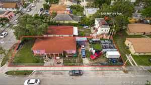 1 200 000$ - Miami-Dade County,Miami; 1495 sq. ft.