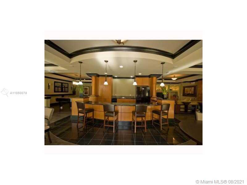 Photo of 3001 185th St #135, Aventura, Florida, 33180 - Lobby/Reception