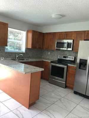 495 000$ - Miami-Dade County,Miami; 2075 sq. ft.