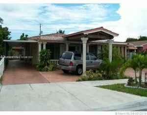 550 000$ - Miami-Dade County,Hialeah; 2634 sq. ft.