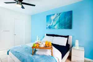 3 985 000$ - Miami-Dade County,Miami Beach; 10880 sq. ft.