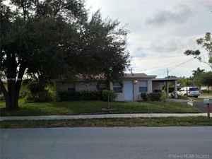 550 000$ - Broward County,Deerfield Beach; 2144 sq. ft.
