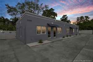 1 450 000$ - Miami-Dade County,Miami; 6500 sq. ft.