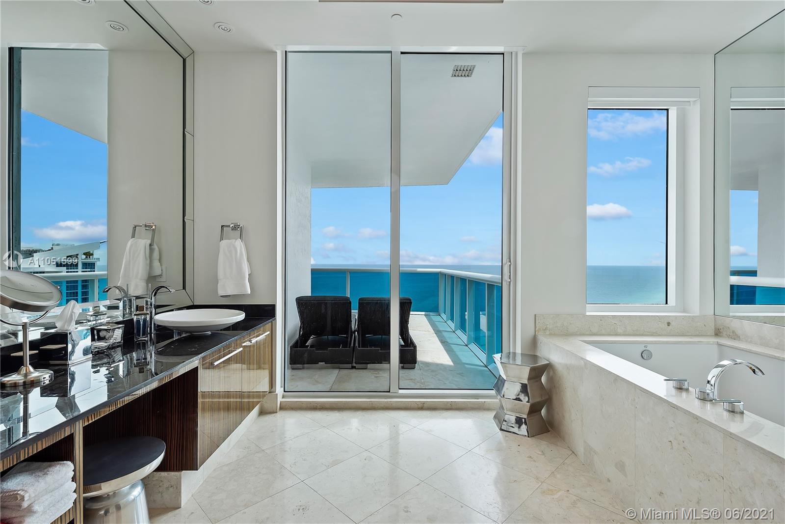 Photo of 2711 Ocean Dr #4005, Hollywood, Florida, 33019 -