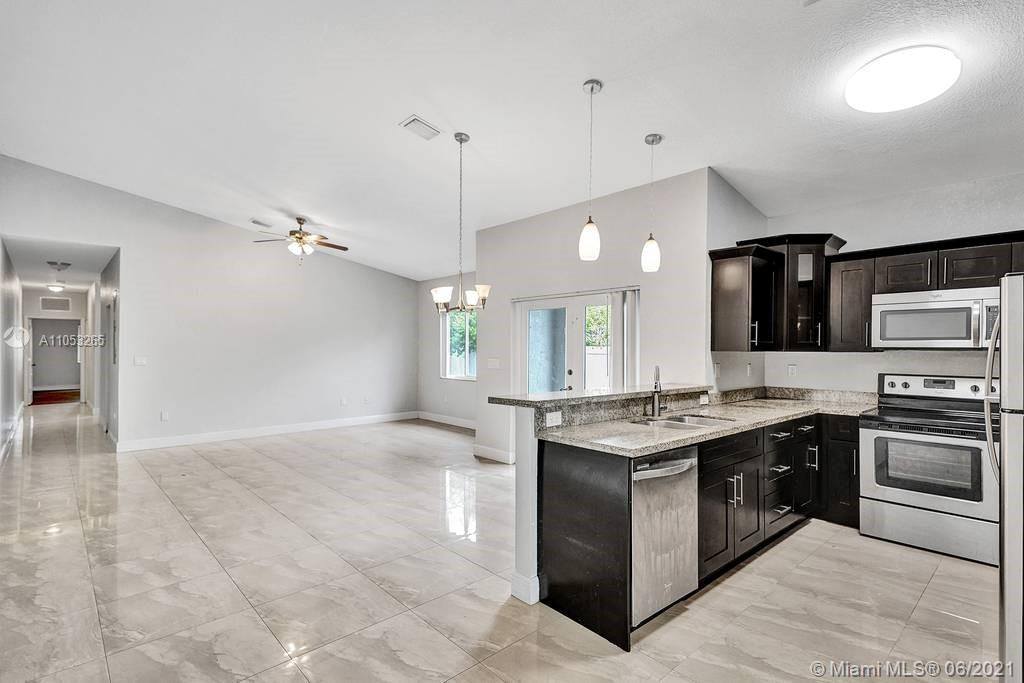 /  3307 sq. ft. $ 2021-06-14 0 Photo