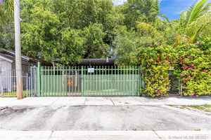 599 000$ - Miami-Dade County,Miami; 1620 sq. ft.