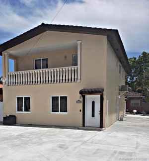 900 000$ - Miami-Dade County,Miami; 2313 sq. ft.