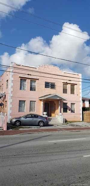 1 740 000$ - Miami-Dade County,Miami; 7696 sq. ft.