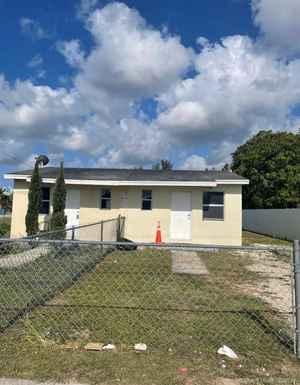 290 000$ - Miami-Dade County,Homestead; 952 sq. ft.