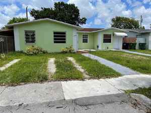 505 000$ - Miami-Dade County,Sweetwater; 1722 sq. ft.