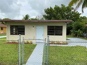 489 000$ - Miami-Dade County,Palmetto Bay; 1680 sq. ft.