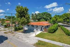 949 999$ - Miami-Dade County,Miami; 2443 sq. ft.