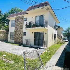 1 300 000$ - Miami-Dade County,Miami; 7000 sq. ft.