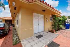 750 000$ - Miami-Dade County,Miami; 2114 sq. ft.