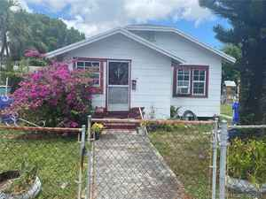 289 900$ - Miami-Dade County,Miami; 1302 sq. ft.