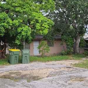 315 000$ - Miami-Dade County,Homestead; 1800 sq. ft.