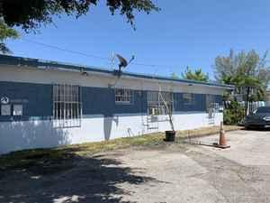 469 000$ - Miami-Dade County,Miami; 8475 sq. ft.