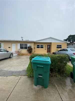 750 000$ - Miami-Dade County,Miami; 2641 sq. ft.