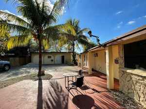 980 000$ - Broward County,Fort Lauderdale; 9000 sq. ft.