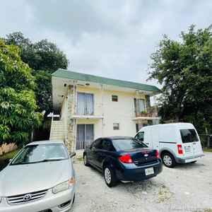 1 200 000$ - Miami-Dade County,Miami; 5000 sq. ft.