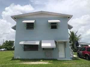 599 999$ - Miami-Dade County,Homestead; 3404 sq. ft.
