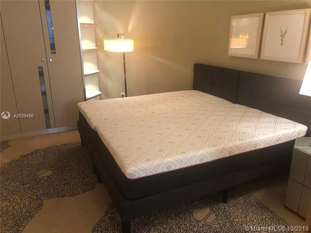 Photo of 9703 COLLINS #1206, Bal Harbour, Florida, 33154 - MASTER DOUBLE RAIN SHOWERS