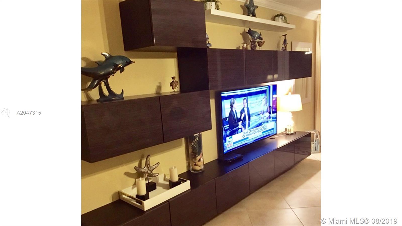 Photo of 3725 Ocean Drive #302, Hollywood, Florida, 33019 -
